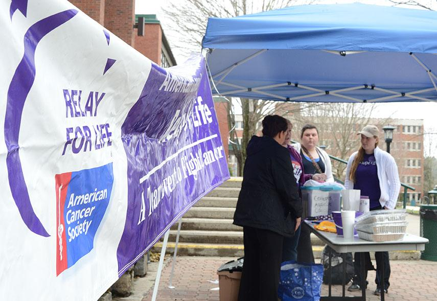 ASU's Colleges Against Cancer raises awareness for Relay for Life Monday afternoon in front of Plemmons Student Union. Olivia Wilkes | The Appalachian