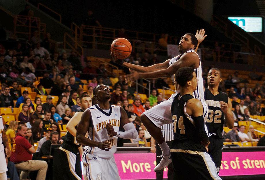 Mountaineers fall to Wofford despite strong first half