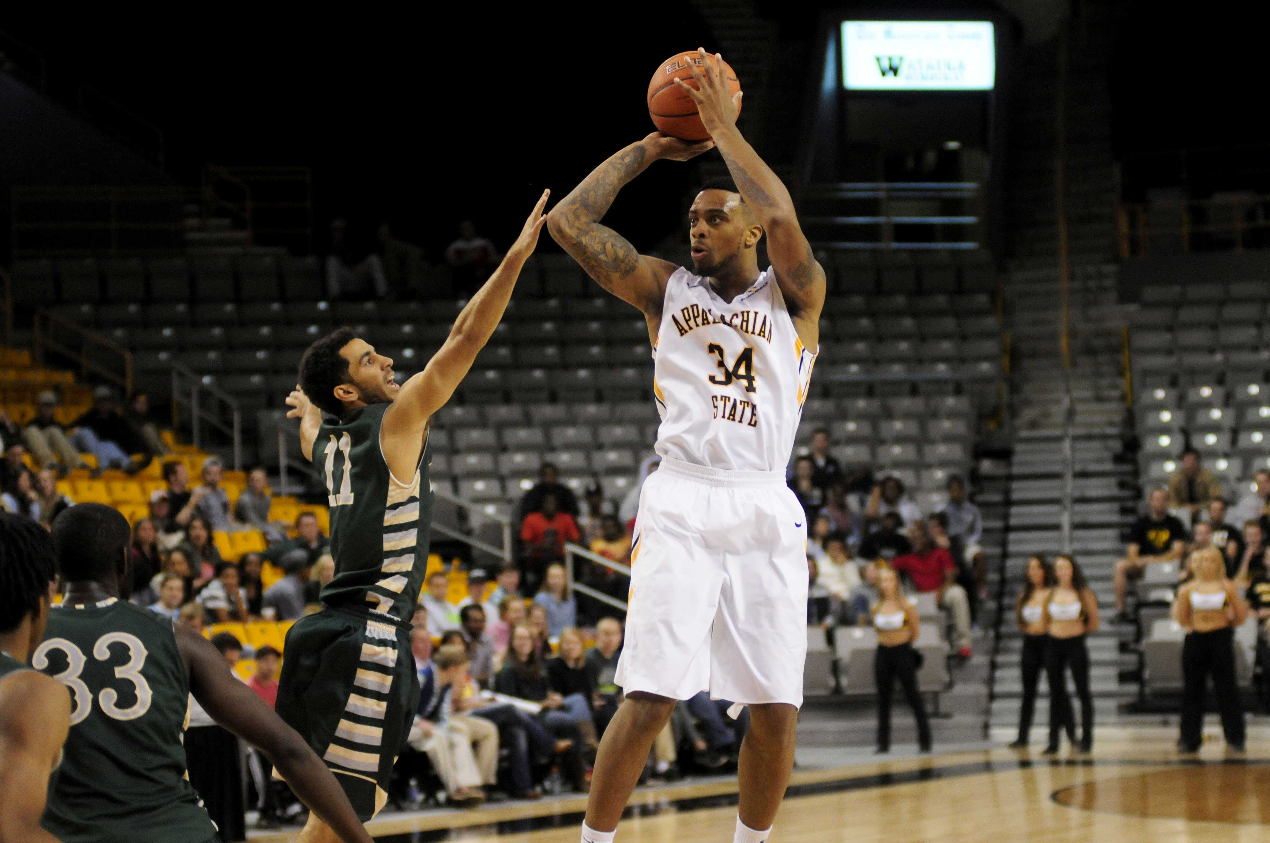 Mountaineers slip by Bobcats in exhibition opener