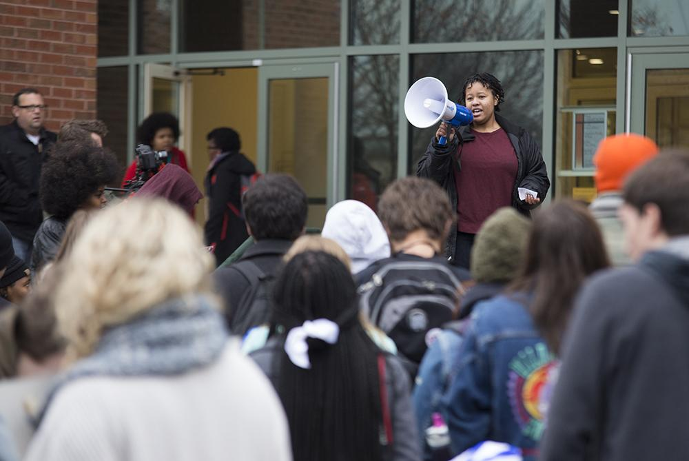 Black+Lives+Matter+protests+continue+to+educate+students%2C+administration