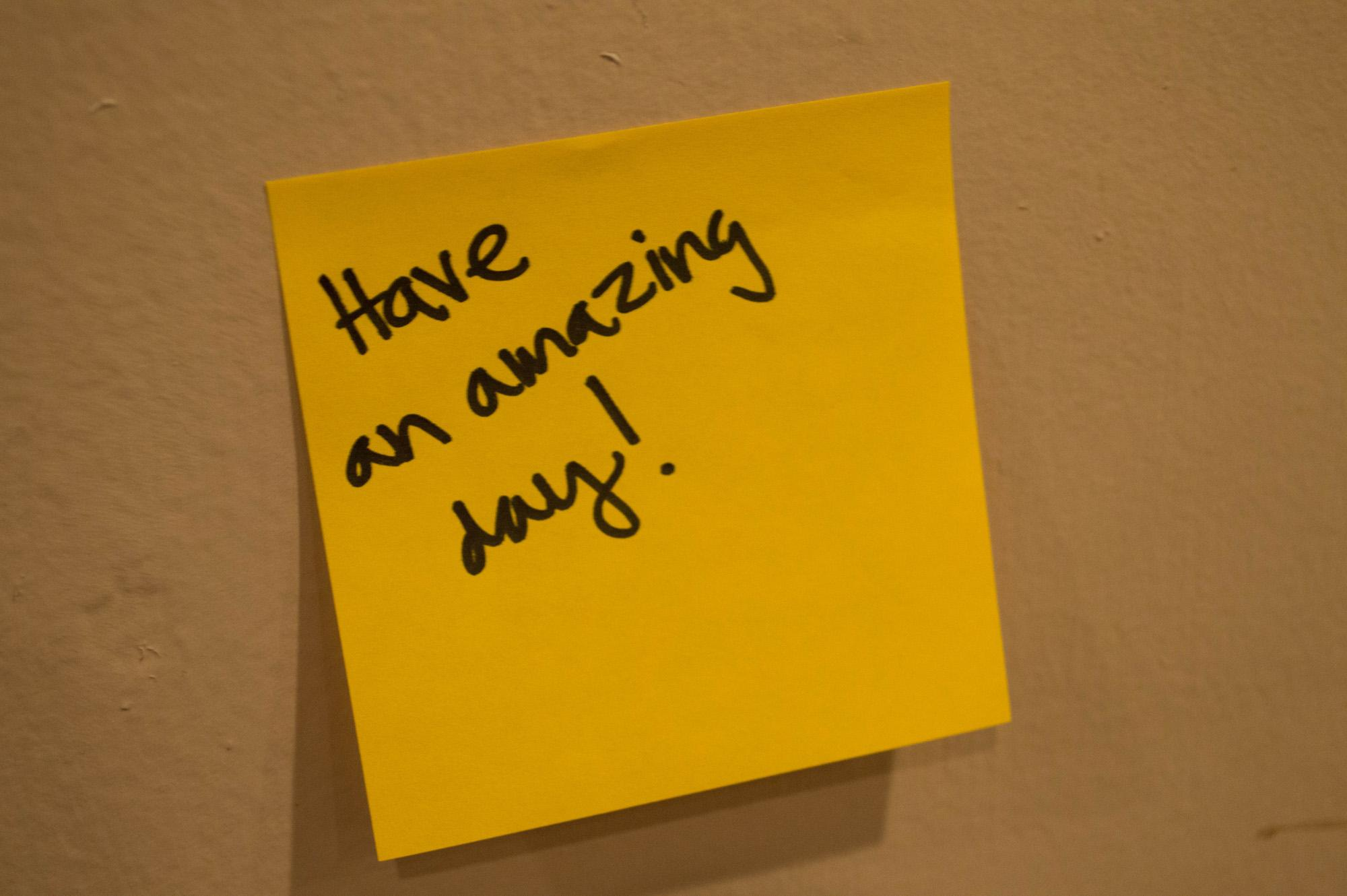 Through Post-it notes, students bring positivity to campus