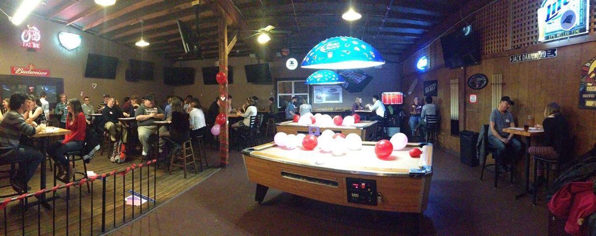 Appalachian Rollergirls host speed-dating on Valentine's night