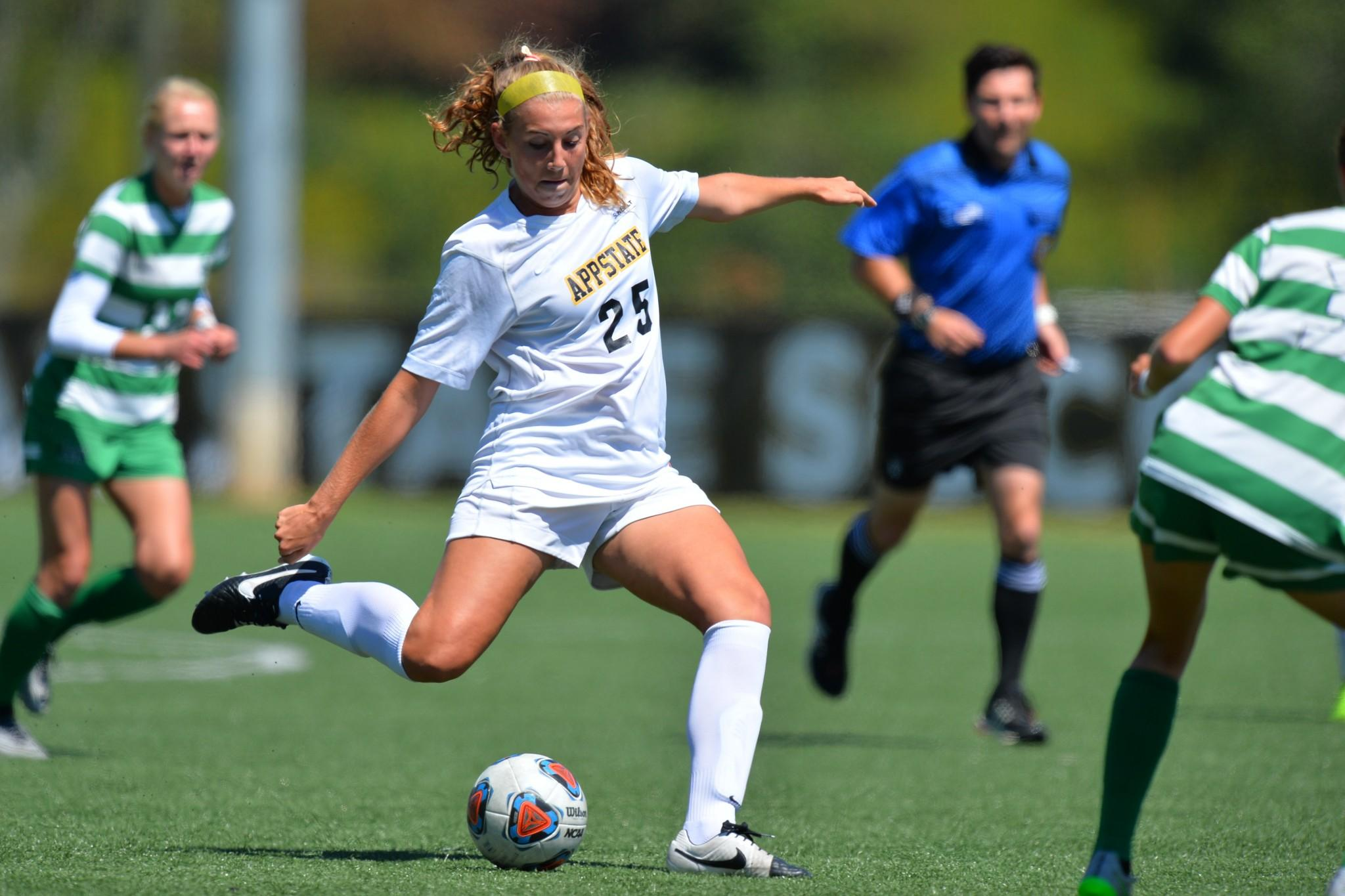 13 September 2015: Appalachian State ended their contest with Marshall with a 0-0 (2OT) tie Sunday afternoon at Ted Mackorell Soccer Complex in Boone, North Carolina.  Credit - Tim Cowie - Tim Cowie Photography