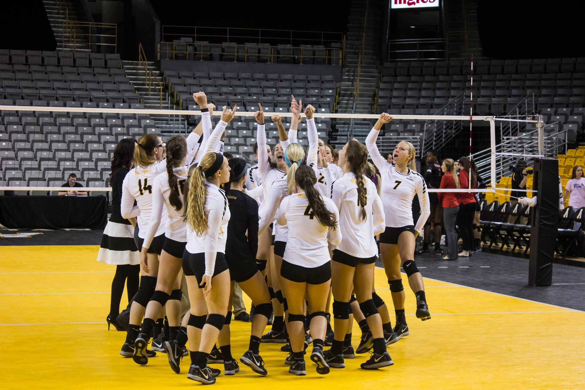 Nearly perfect Mountaineers tallying lengthy win streak