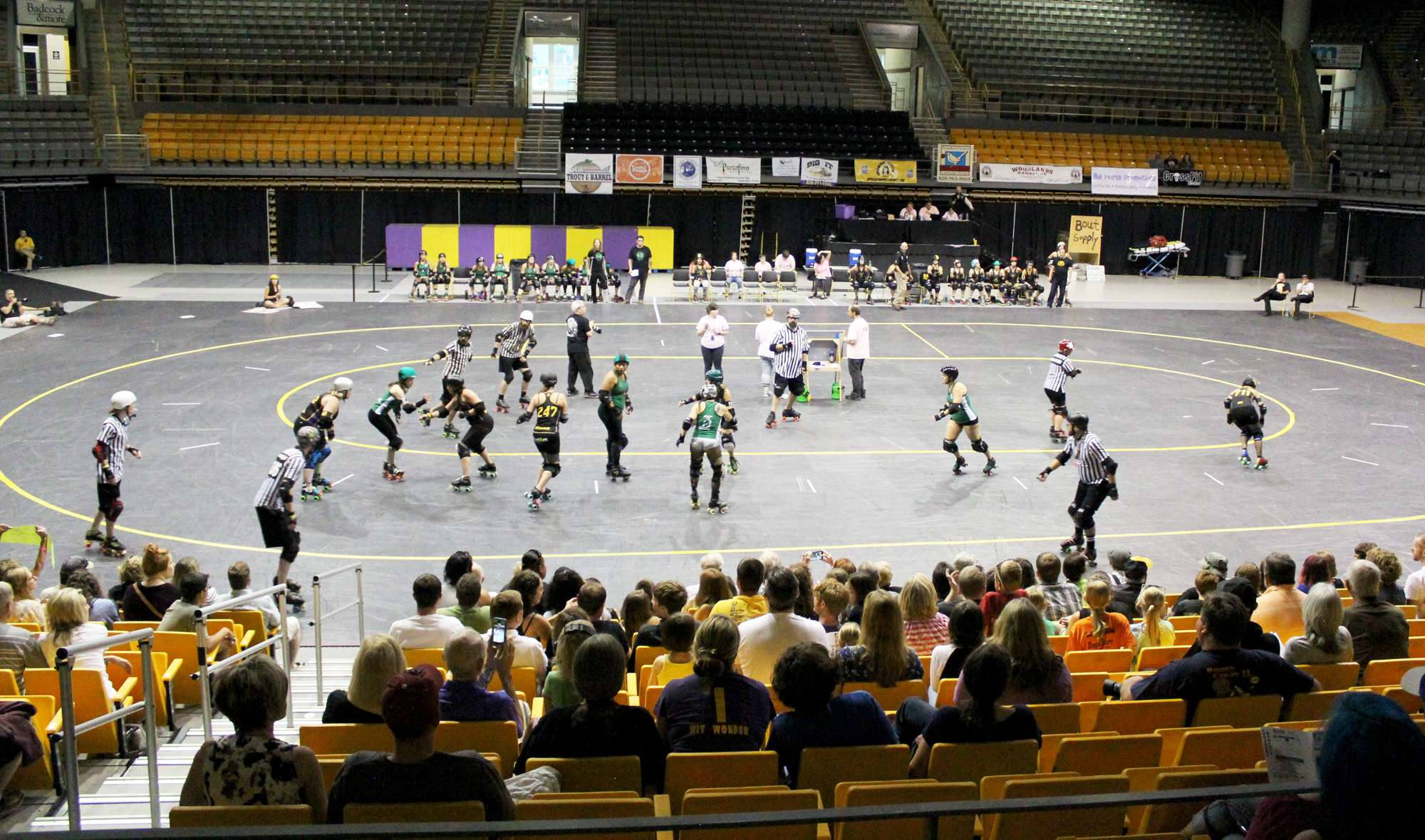 Bootcamp brings new members to Appalachian Roller Girls