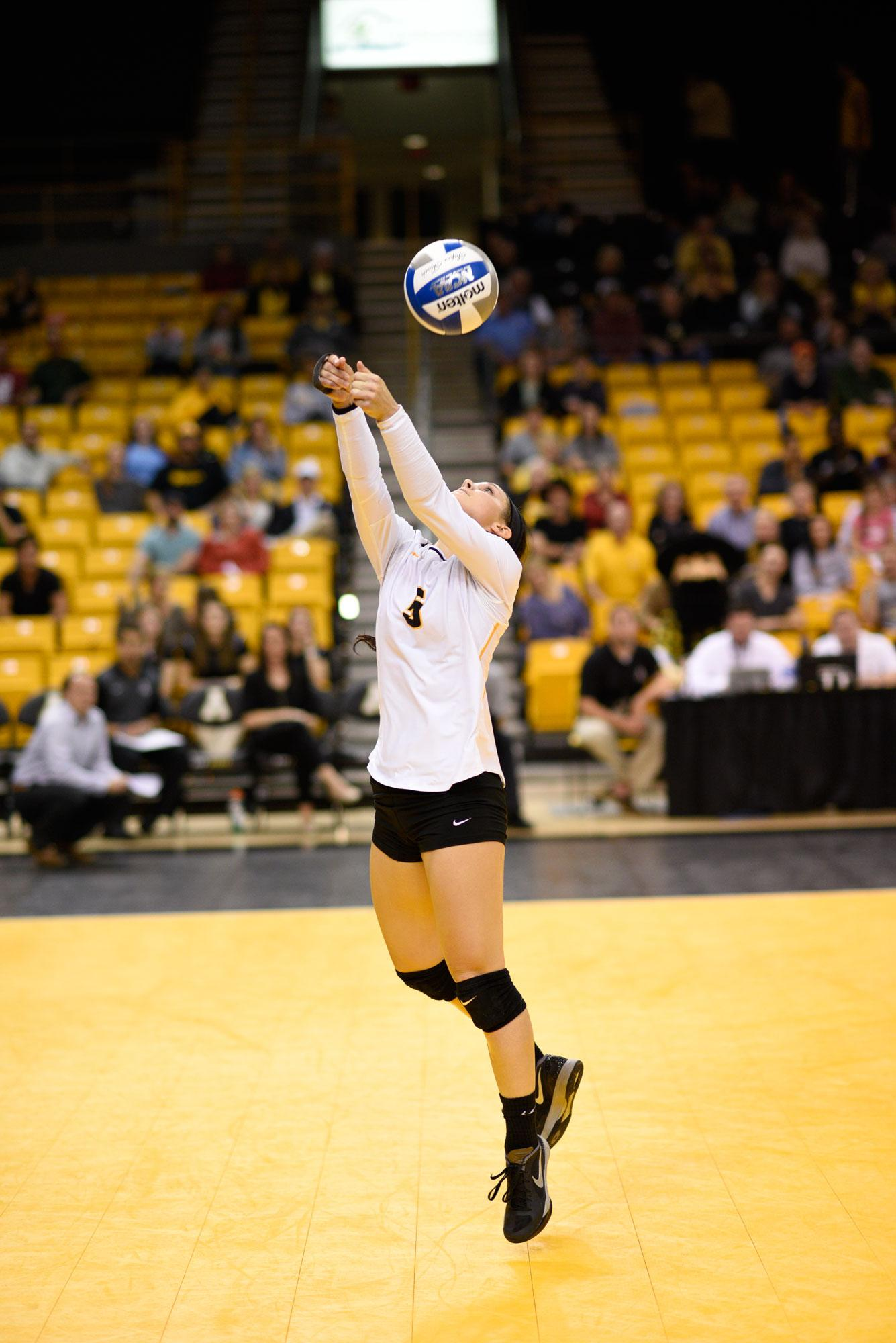 Senior+libero+Meghan+Mahoney%2C+who+has+437+digs+on+the+year+and+is+sixth+in+the+Sun+Belt.+%7C+Courtesy+App+State+Athletics.