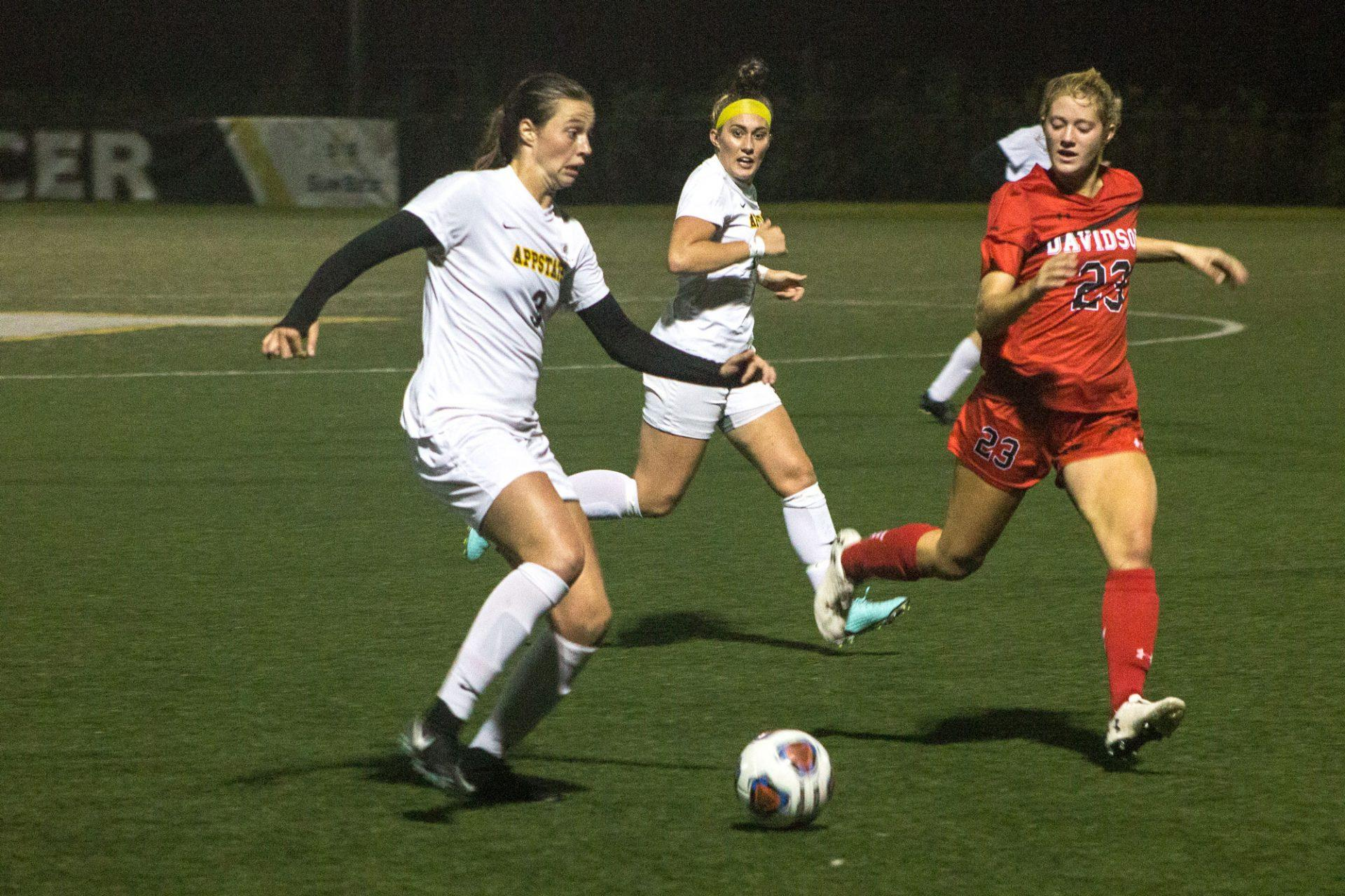 Ava Dawson's two goals lead Mountaineers to first victory
