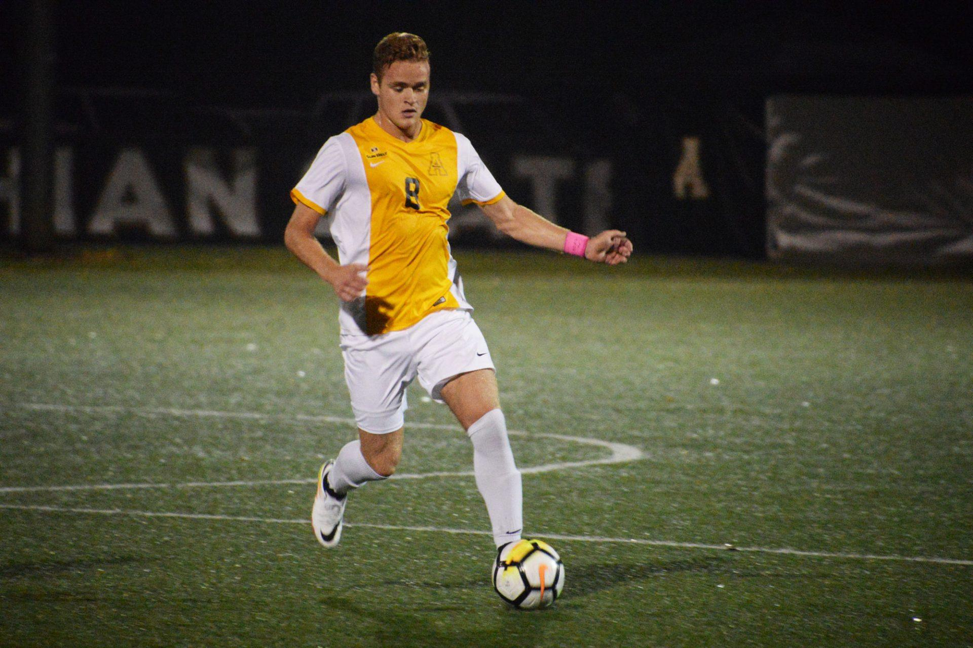 Mountaineers victorious in the Mountain Derby 1-0 in overtime