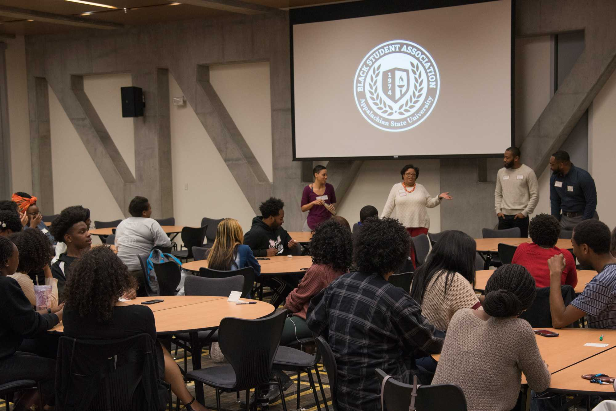 Students+gather+for+the+Black+Student%2C+Faculty+and+Staff+Mixer+in+Plemmons+Student+Union.+The+event+was+put+on+by+the+Black+Student+Association.