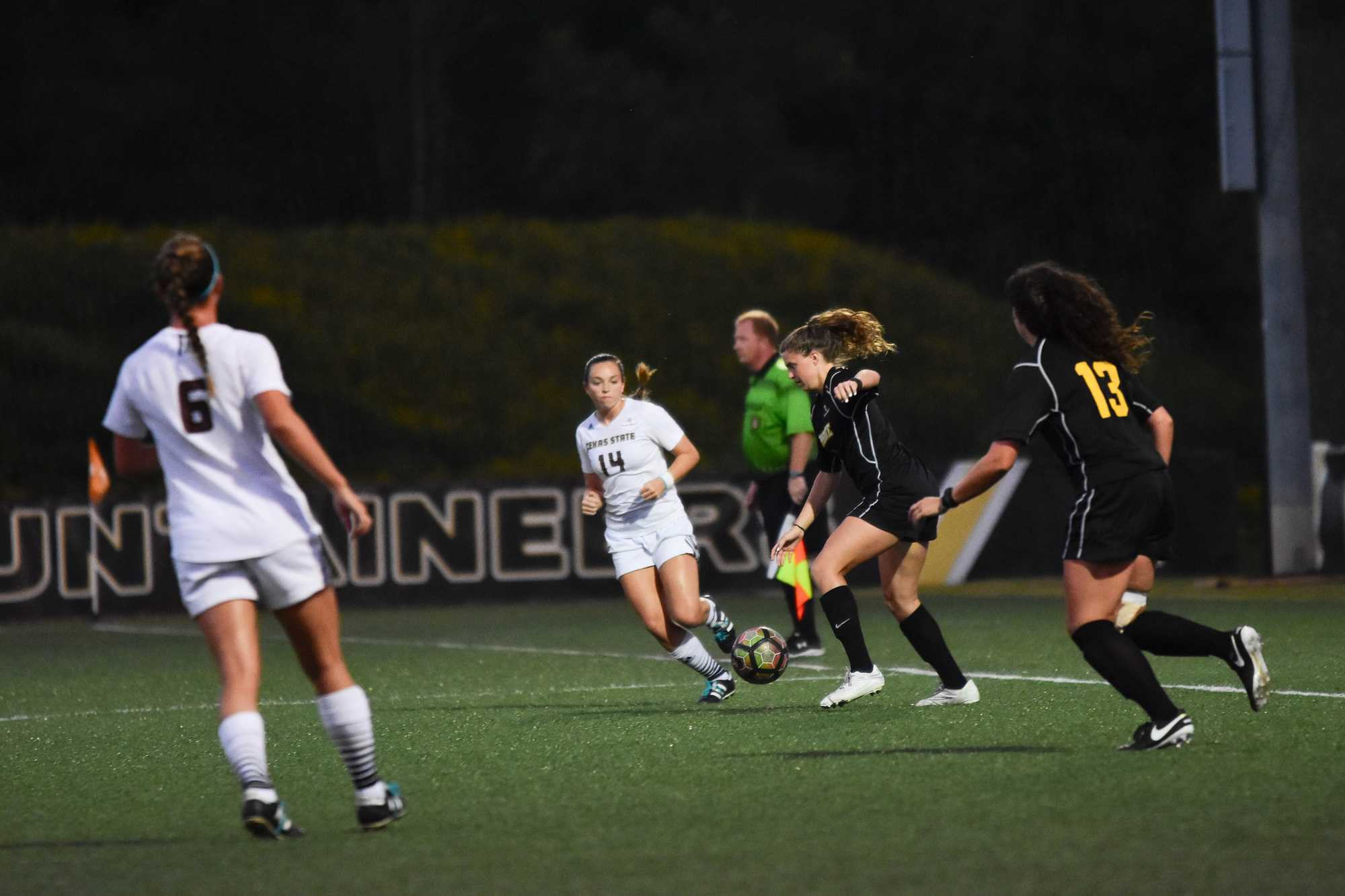 Sophomore defense Alexa Asher and senior midfield Jackie Nieradka against Texas State on September 23, 2016. The game ended in a tie 1-1. Photo by Olivia Lepard