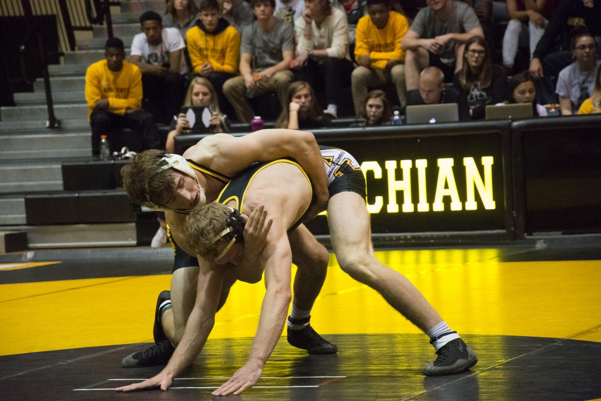 Winning start to the season for Mountaineer wrestling at Mountaineer Duals