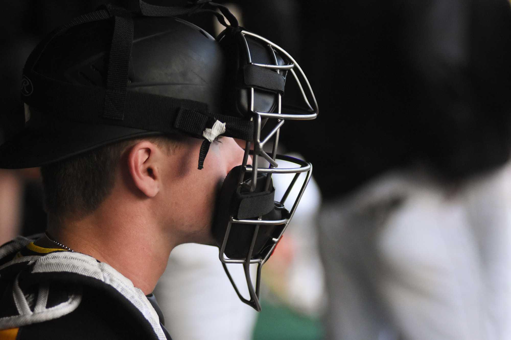 Baseball takes series against UALR