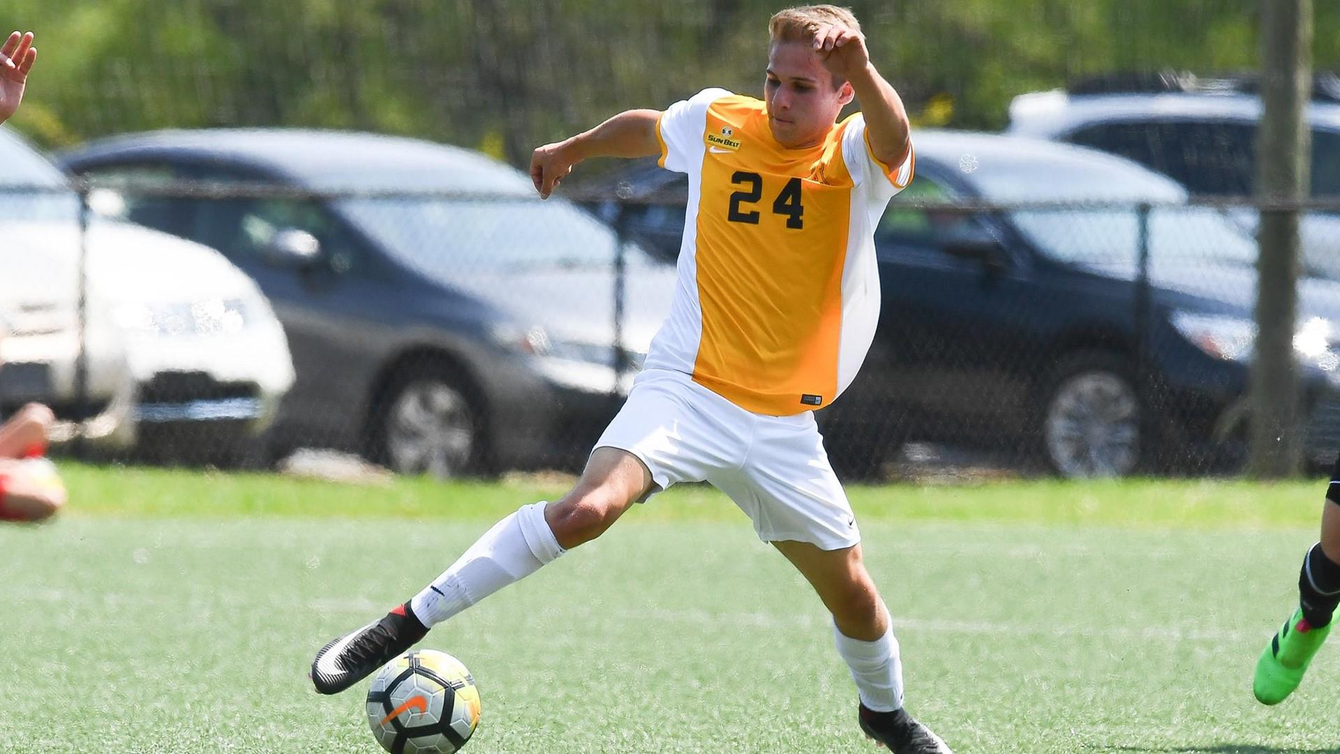 Soccer finishes weekend with two tightly contested draws