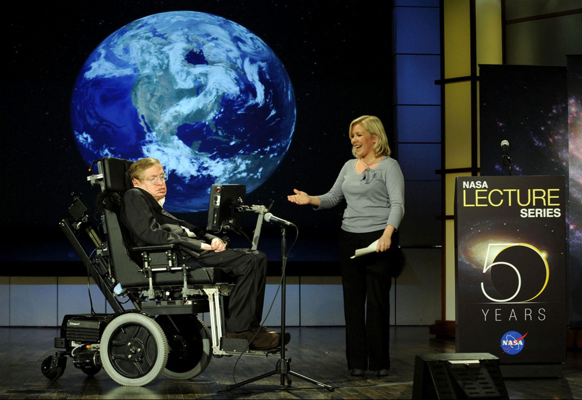 Stephen Hawking speaking at the NASA Lecture Series in 2008.