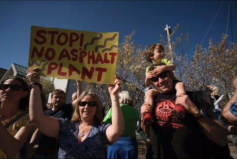 Rainbow Trail residents protest asphalt plant construction