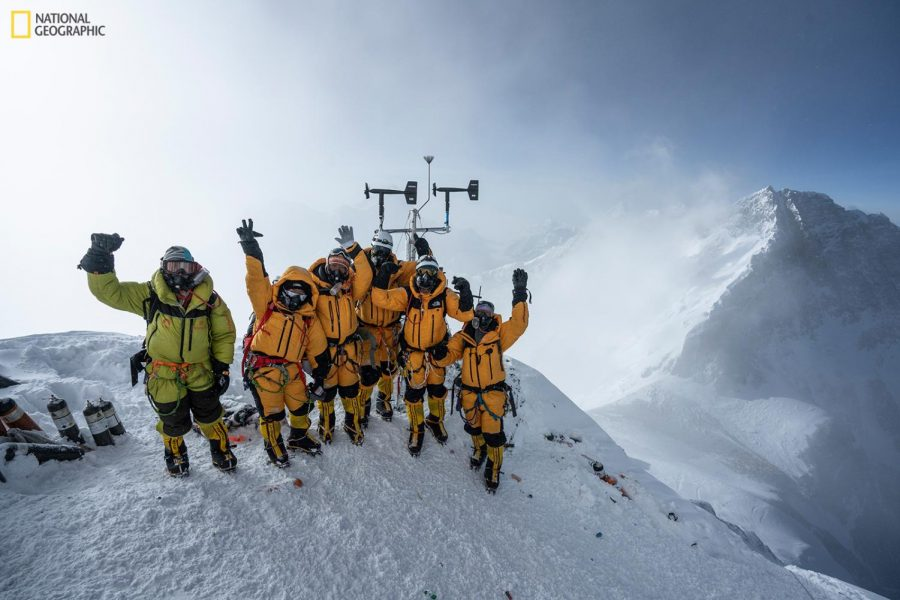 Professor sets record 27,657 feet above sea level