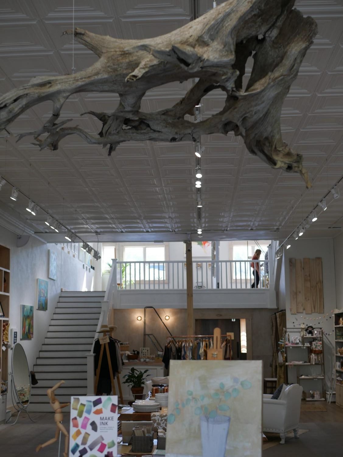 Opening up just this summer, Common Good Co. uses its three story building as space for interacting, sharing, and creating art for the community of Boone.