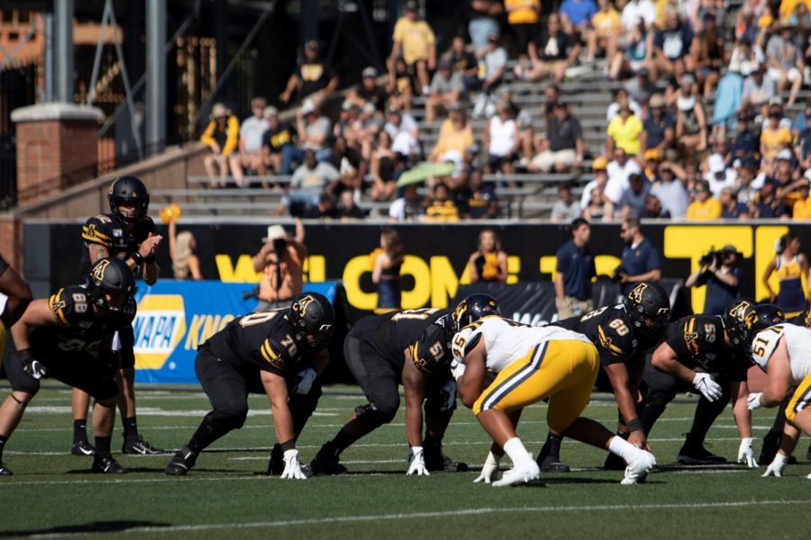 Members+of+App+State%27s+offensive+line+prepare+for+a+play+in+App+State%27s+42-7+win+over+East+Tennessee+state+on+Aug.+31.+%2F%2F+Photo+courtesy+of+App+State+Athletics