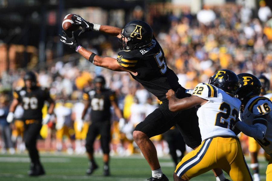 WR/TE position profile: Sutton, Hennigan anchor experienced receiving corps