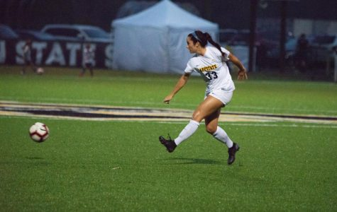 Freshmen talent leads WSOC in 2-1 comeback win over Florida International