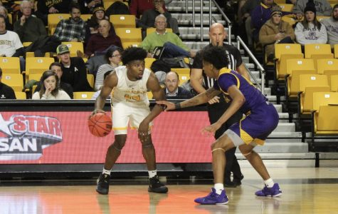 Five score in double figures as Mountaineers beat St. Andrews 90-58