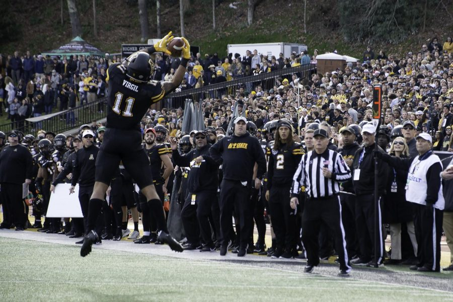 App+State+came+away+victorious+in+the+2019+Sun+Belt+Championship+game+against+the+University+of+Louisiana+45-38.+This+is+the+Mountaineers+fourth+consecutive+Sun+Belt+championship.+Junior+running+back+Darryton+Evans+has+three+total+touchdowns+and+junior+quarterback+Zac+Thomas+threw+for+149+yards+and+two+touchdowns.