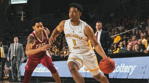 Three Mountaineers reach double-digits as App State beats Troy 68-59 behind strong second half