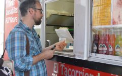 Mexican food truck El Tacorriendo is looking to expand business by offering food and merchanise in Blowing Rock's newest Mexican goods store, El Barrio. Owners Alejandro and Ashley Leon felt that the High Country was lacking a source of authentic Mexican cuisine and opened El Tacorriendo in 2016.