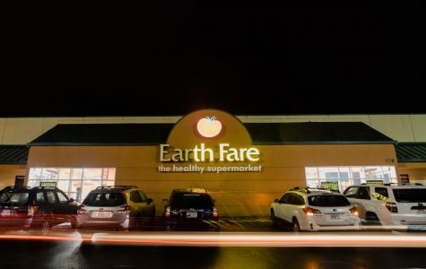 Earth Fare's future closure leaves employees without community, benefits