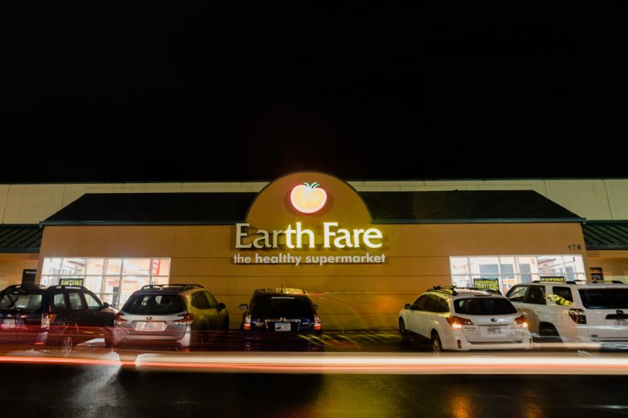 Boone's Earth Fare, which closed a few months ago, is reopening its doors once again.