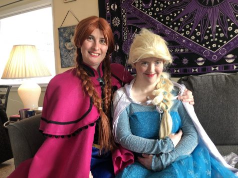 Ice Sisters: Two friends cosplay for children in the High Country