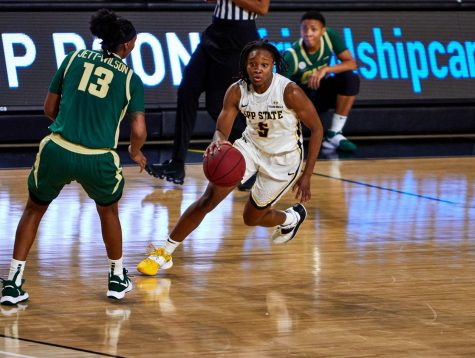 Five reach double-digits, App State women's basketball opens season with 74-68 win over  Charlotte