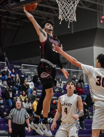 App State commit Chris Mantis soars to the basket for a one-handed slam. Mantis' Lowell (Indiana) Red Devils defeated Hobart 72-48 Feb. 16 behind 26 points from Mantis.
