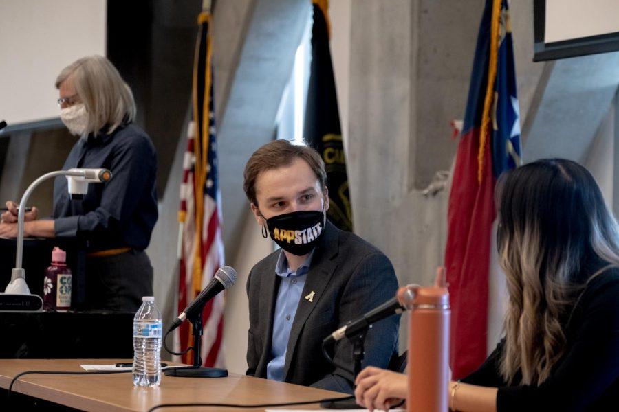Adam Zebzda and his running mate Jenn Banh during the SGA debate on Monday.