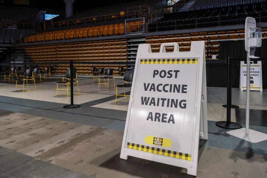 Max_Correa_20210312_VaccineClinic_News-5