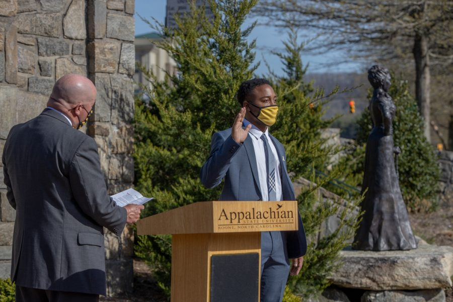 DJ Evans is sworn into office as student body vice president on April 26, 2021.