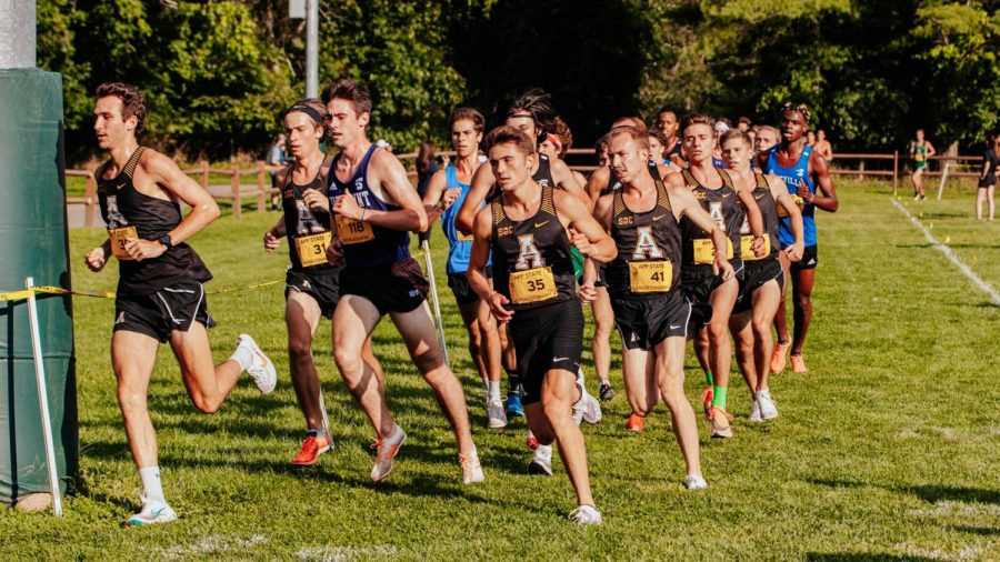 App State's men's cross country team turns an early corner with numerous Mountaineers leading the pack. The men's team finished in third place after totaling 60 points at the Oct. 15 meet.